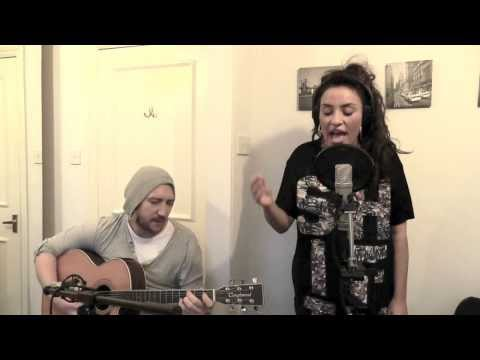 Laura White Happy (Pharrell Williams cover)