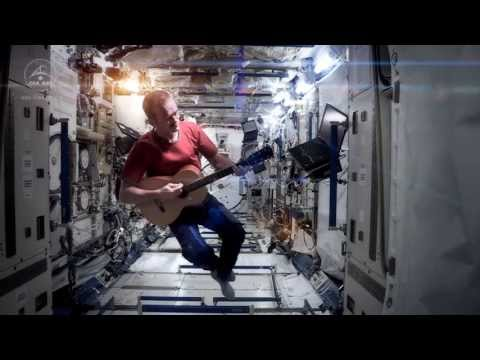 Chris Hadfield Space Oddity(OST интерстеллар)