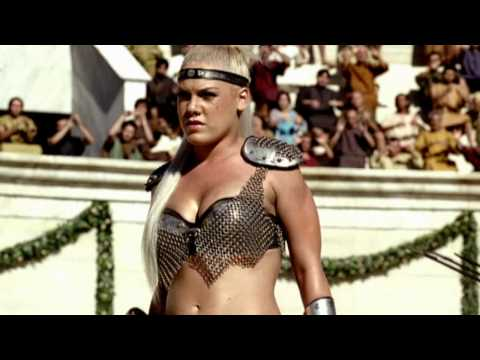 Britney Spears & Beyonce & Pink - We Will Rock You (реклама Pepsi)