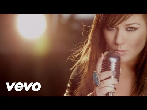 Kelly Clarkson - What Doesn't Kill You Makes You Stronger