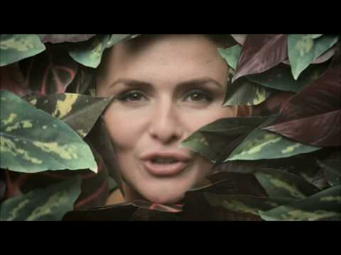 Emiliana Torrini - My Heart Is Beating Like A Jungle Drum
